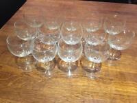 14 White wine glasses