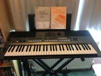 Yamaha E443 Electronic Keyboard