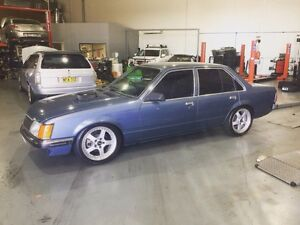 Holden Commodore VH Sl/X PRICE DROPPED Fyshwick South Canberra Preview
