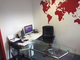 Modern, fully furnished offices, Chiswick High Road. 4 / 6 people. Bills included