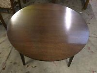 SOLID WOOD OAK DINING TABLE WITH 4 CHAIRS + FREE DELIVERY