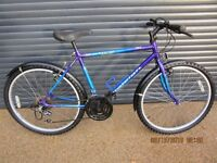 """TEENAGERS RALEIGH BIKE IN EXCELLENT CONDITION. IDEAL SCHOOL BIKE.18"""" FRAME SUIT APPROX. AGE 12+"""