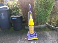 DYSON DC07 UPRIGHT VACUUM CLEANER WORKING ORDER