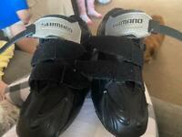 Shimano deal-touring bike shoe