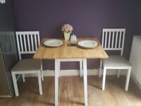 Argos Dining Room Table with Extendable top with to chairs