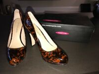 Moda in Pelle tortoise shell court shoe with gold trim