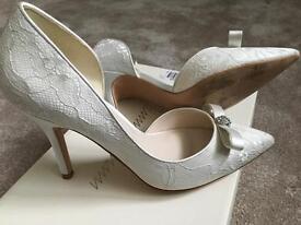 Jenny Packham Ivory lace Shoes size 3