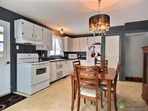 230 000$ - Maison en rangée / de ville à vendre à Charlesbour