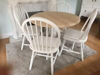 Amazing Shabby Chic Extending Oak Table and 4 Chairs