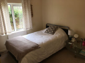 NICE AND CLEAN DOUBLE ROOM NEAR CITY CENTRE IN PENNYLAND