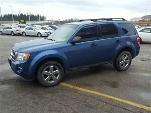 2010 Ford Escape XLT London Ontario image 3