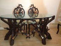 Stylish Dinning Table With 7 Chairs