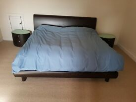 Californian King size bed, mattress and cabinets for sale (Finnieston)