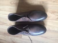 Brand New Men's size 6 leather brown lace up shoes