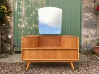 Vintage Dressing Table, possibly by Avalon. Delivery possible.