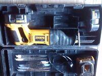 Dewalt 18 volt reciprocating saw kit