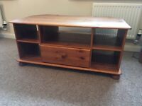 Pine TV corner unit. With draw & spaces. In good condition.