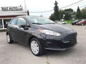 2014 Ford Fiesta SE - GREAT ON FUEL - PRICED TO SELL Belleville Belleville Area image 6