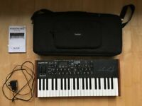 Dave Smith Instruments Mopho X4 synth with official carry case
