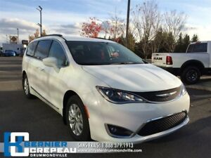 2017 Chrysler Pacifica Touring-L **CUIR, GPS, CAMERA + WOW**
