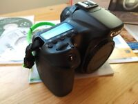 Canon EOS 70D (W) - Immaculate condition - Boxed **Now only £500**