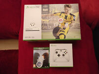 Microsoft Xbox One S 500GB Console White with FIFA17Bundle+Extra controler and Halo 5 guardians BNIB