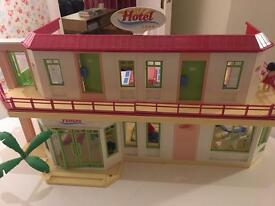 Play Mobil hotel fully furnished