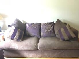 Super comfy sofa with x2 arm chairs