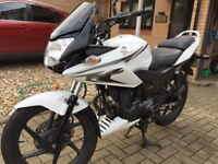 Honda CBF125 Motorcycle, great condition, garaged from new