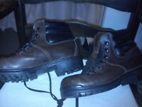 Old school Leather size 41 Hiking Boots