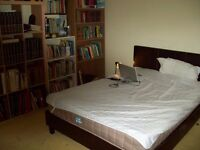 Large comfotable Double Room for rent in Plumstead for one person