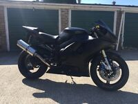 yamaha R1 Trackbike with V5 and mot