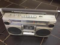 Hitachi Stereo Radio Cassette Recorder TRK-7000E