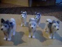 LEGO 5 Husky Dog Mini-figures (used)