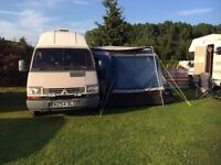 Brilliant Little Camper, 5 belted seats, large driveaway awning, microwave, gas hob, 3way fridge,
