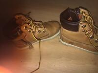 Boys timberland size 8 infant