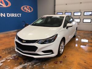 2017 Chevrolet Cruze LT Auto SUNROOF! BACK UP CAM!