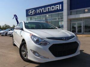 2014 Hyundai Sonata HYBRID ONLY $129* Bi-weekly