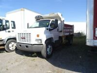 2008 GMC Topkick SINGLE AXLE DUMP