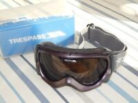 New Trespass Double Lens Ski Goggles