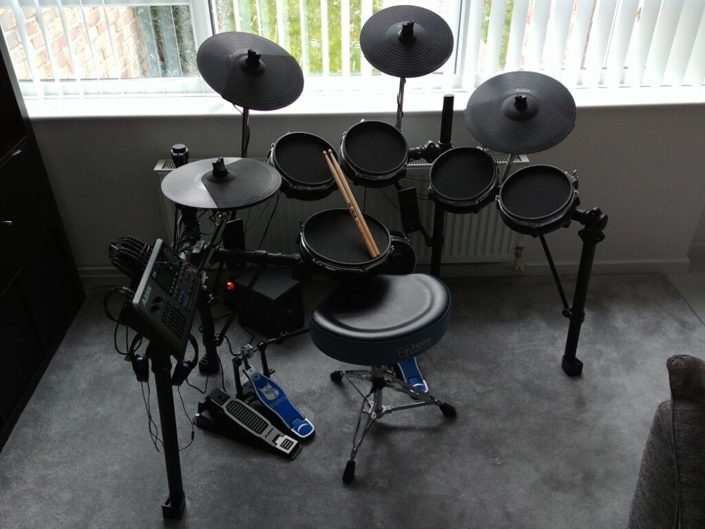 b8d8583f3db2 Alesis DM10 Studio mesh heads electronic drum kit - Good condition ...