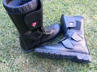 Vendramini motorcycle boots size 43 - new condition