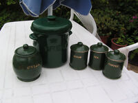 5 kitchen storage canisters/ ceramic pots
