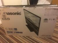 Panasonic TX-32C300B 32 HD 1080*720p LED TV