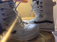 Vans snowboarding boots UK8