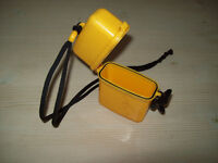 DIVERS WATERPROOF CONTAINER FOR STORAGE OF SMALL ITEMS SUCH AS CAR KEYS, WALLET, ETC