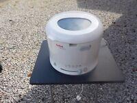 Tefal Maxi Fri Deep Fat Fryer 1600W White