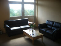 Beautiful 2-Bed in Southfields - For Sale by Owner