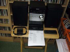 Sony CMT-FX300I Micro Hi-Fi System iPod Dock, MP3, CD & FM Radio Ex. Cond. PWO - Bargain £30