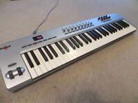 M-Audio Oxygen 61 (61-Key USB MIDI Controller)